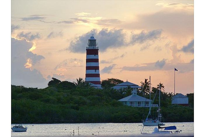 The historical and picturesque Hope Town Lighthouse is located right at the mouth of the Hope Town Harbour. The climb to the top boasts stunning 360 views of the surrounding out islands.
