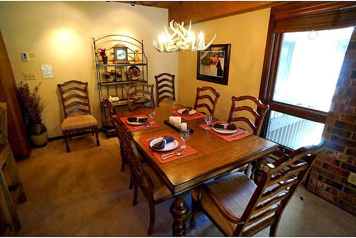 Dining area with plenty of seating