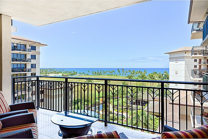 Located in the Ocn Tower with full ocean view