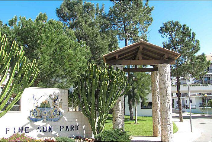 Pine Sun Park Entrada