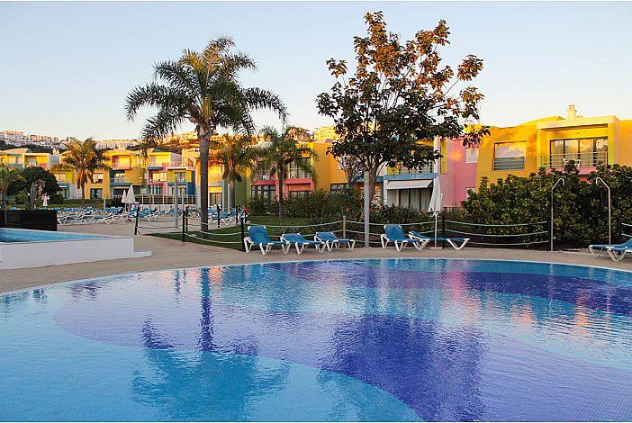 Apartamentos da Orada na Marina de Albufeira piscina sul