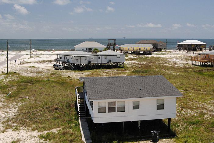 3 Bdrm Beach Cottage just three back from Gulf