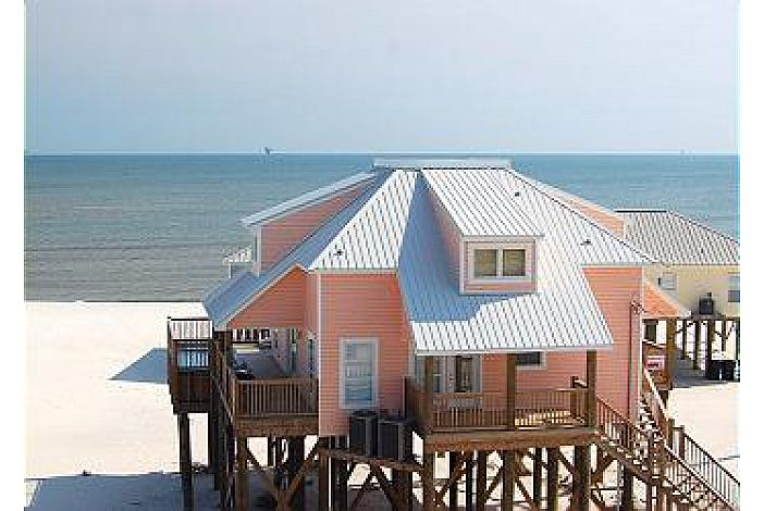 4 Bedrm Beach House with Pool, Game Room