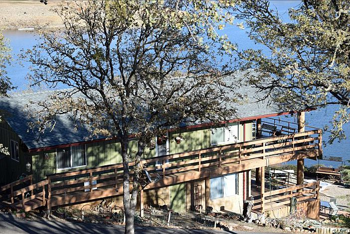 Main House Lake Nacimiento Vacation Rental