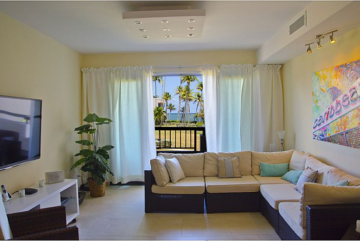 Comfortable Living Room with Caribbean Sea View