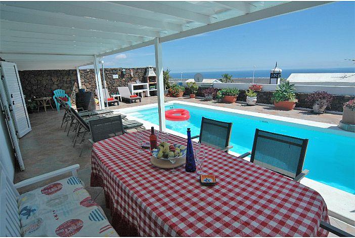 Lanzarote villa to rent near Puerto del Carmen