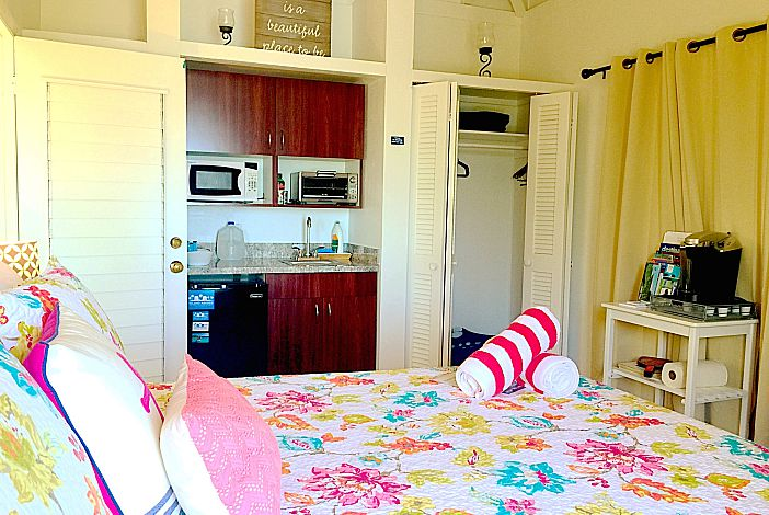 A Well-Equipped Kitchenette