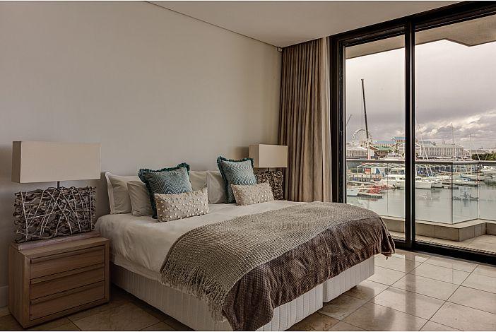 Bedroom / Views
