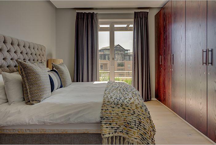 Main bedroom / Views