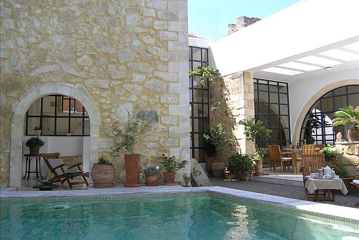 Villa Maroulas Full of Privacy Heated Swimming poo