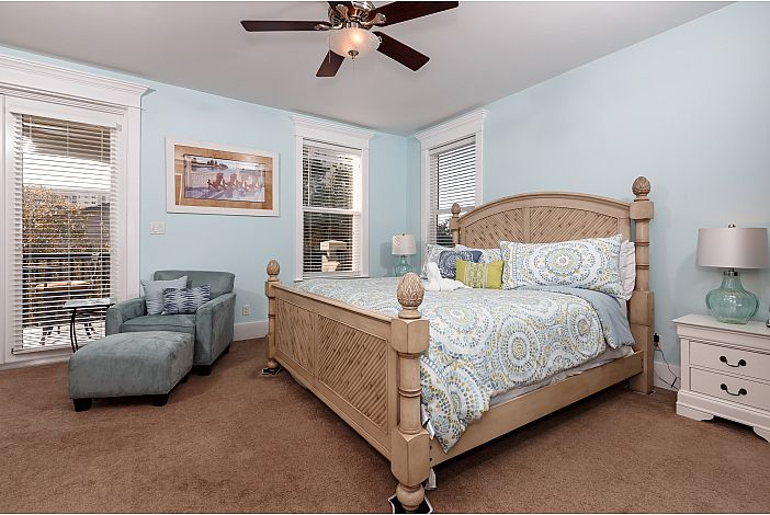 Large Spacious home! With spacious floor plan