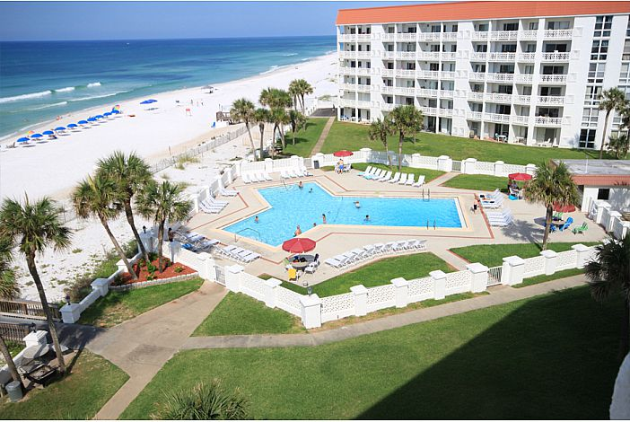 Large Gulf Front pool