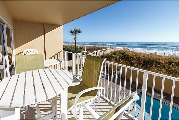 Relax and enjoy the Amazing Gulf Front Views!!!!!!