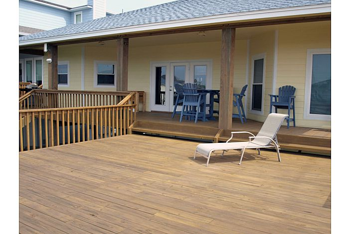Upstairs Deck