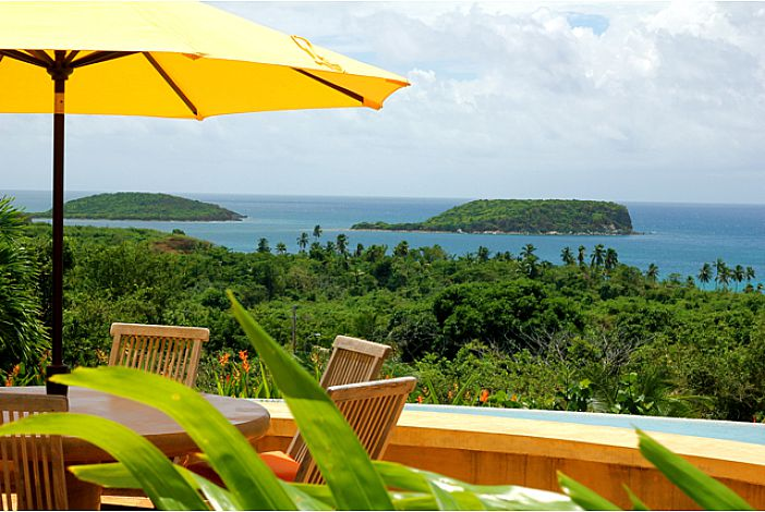 Los Arcos Vieques Vacation Rental Estate