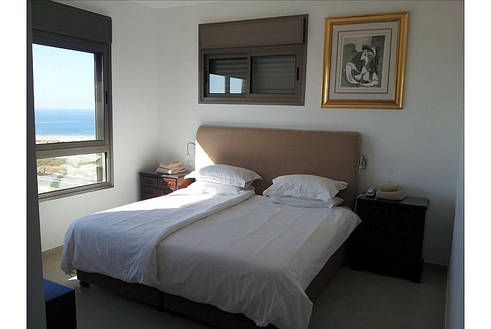 Master suite  - King Bed and Sea View