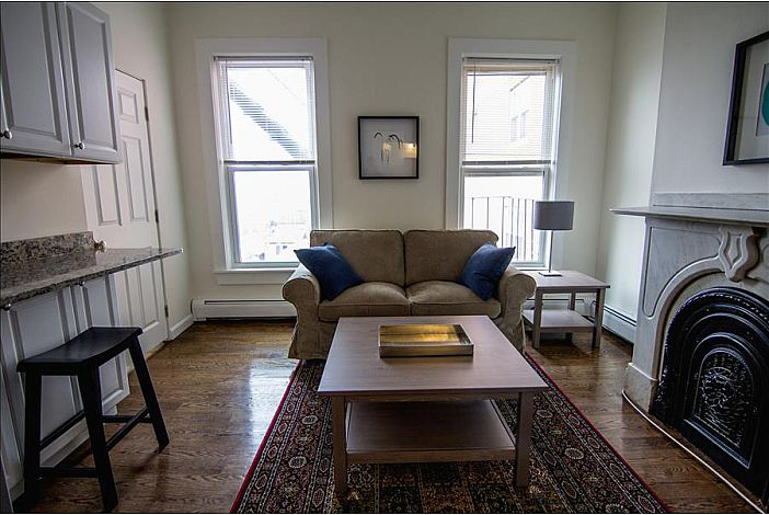 Furnished 1 Bedroom Apartment - South Boston