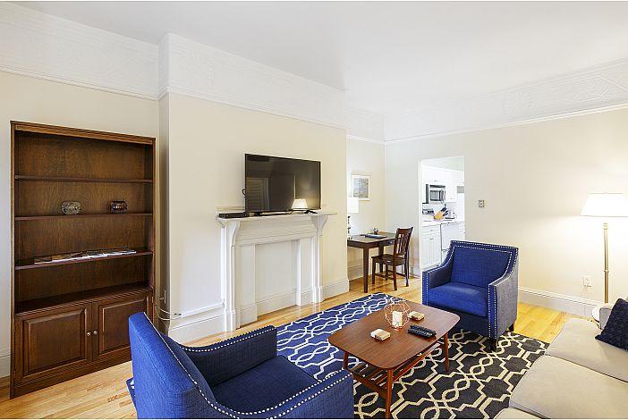 Living Room - Boston Furnished Rental, Back Bay