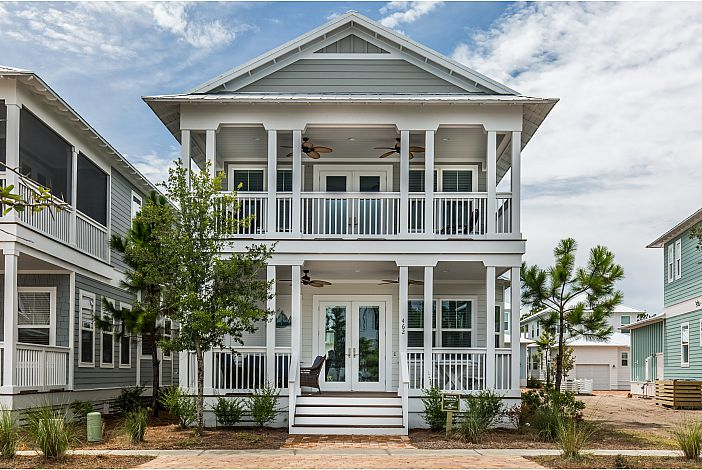Spacious Porch and Balcony at Sail Away!