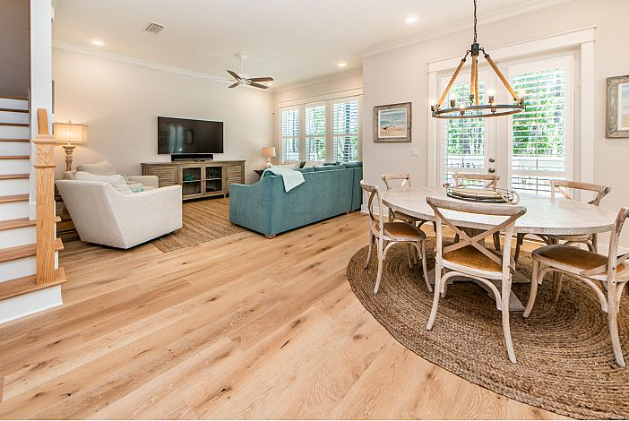 Comfy Living and Dining Rooms!