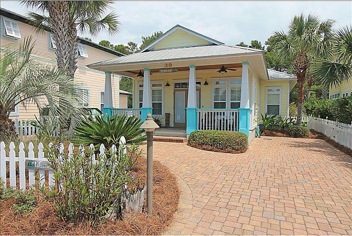 Charming Florida Cottage !