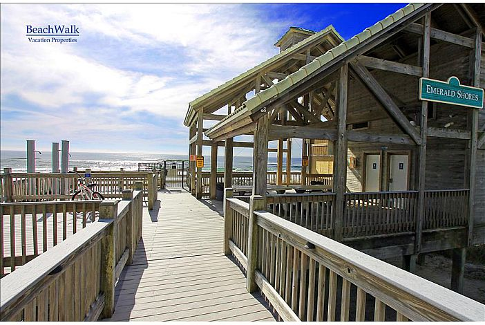 Private Beach Pavilion !