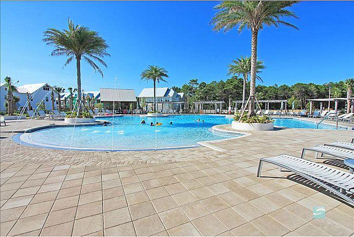 Luxurious Resort Style Pool!