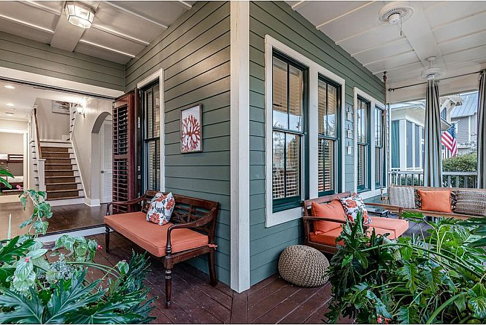 Warm and inviting front porch!