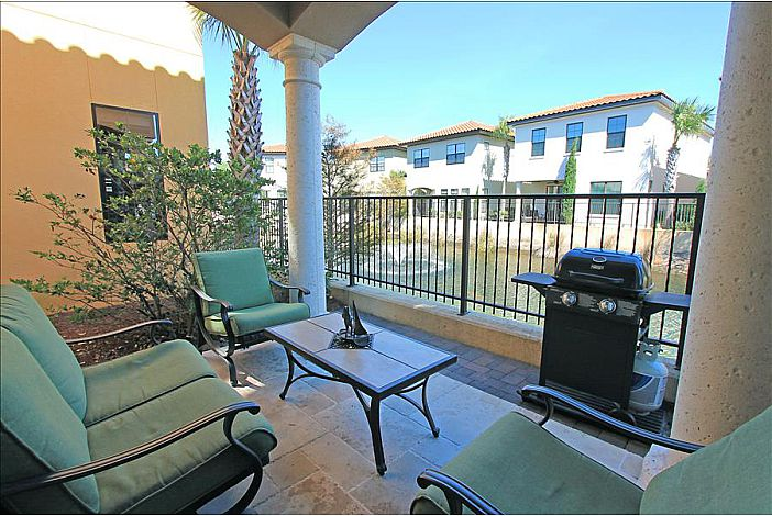Patio with Furniture and Grill with Views!