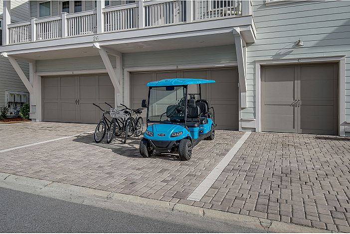 Golf Cart and 3 Bikes Included!