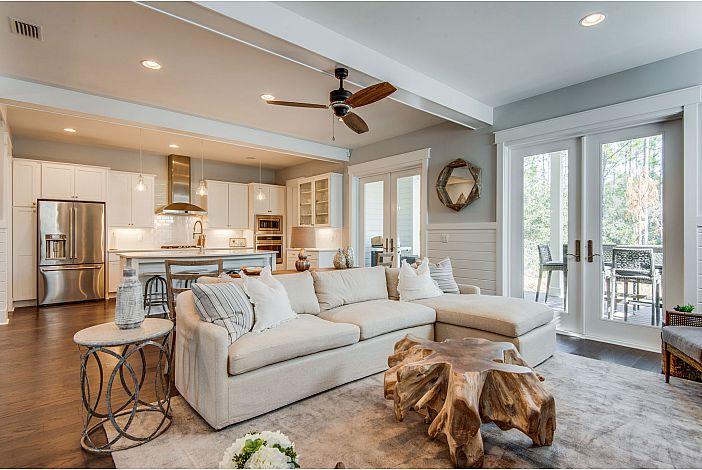Cozy Living Area!