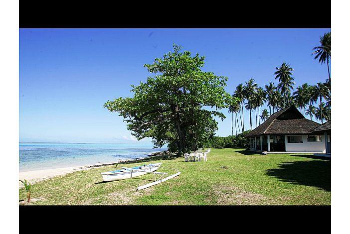 Fare Manahau - Spectacular beach/Superbe plage