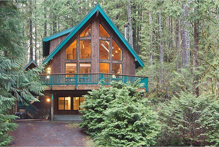 Snowline Grand Lodge Exterior
