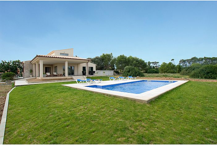 Villa view and private pool