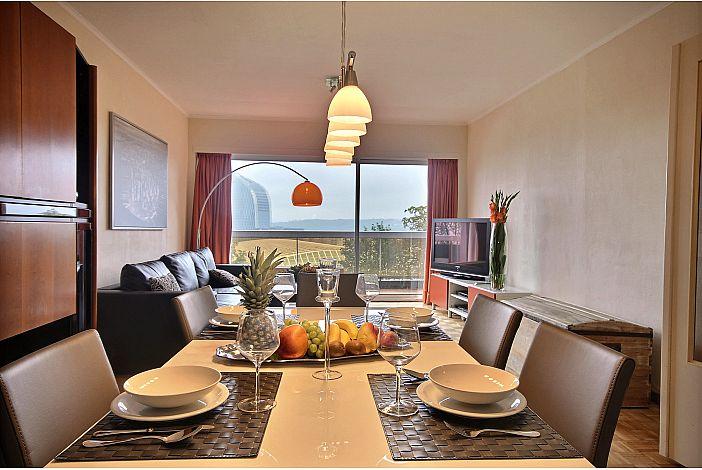 Luminous and spacious living room