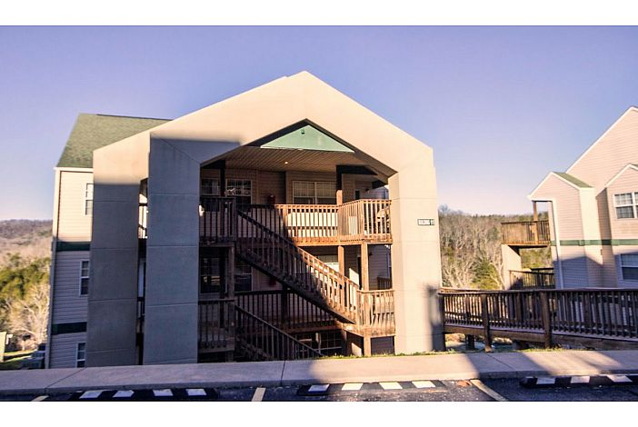 Branson Condo Rental | Eagles Nest | Building