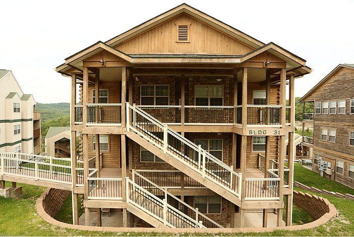 Branson Vacation Rental | Eagles Nest | Building