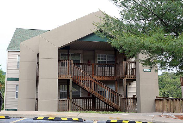 Branson Condo Rental | Eagles Nest | Building