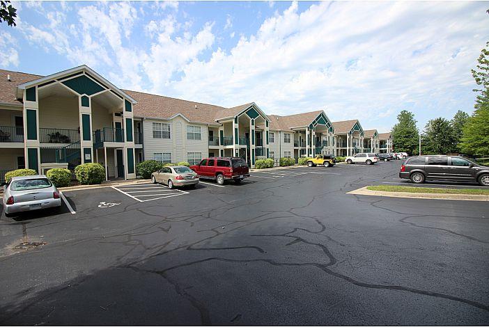Branson Condo | Thousand Hills Resort | Exterior