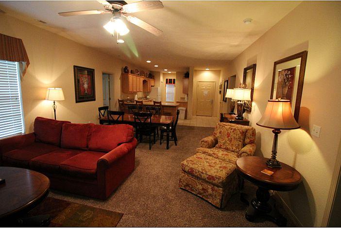 Branson Condo | Thousand Hills Resort | Living