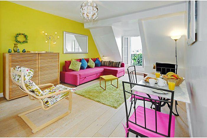 Livingroom - bright & fresh