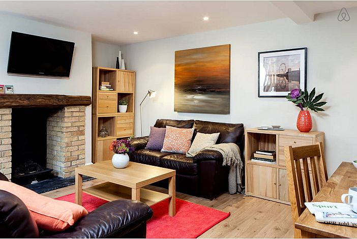 Balham - 1 Bed Flat for Two by Tube