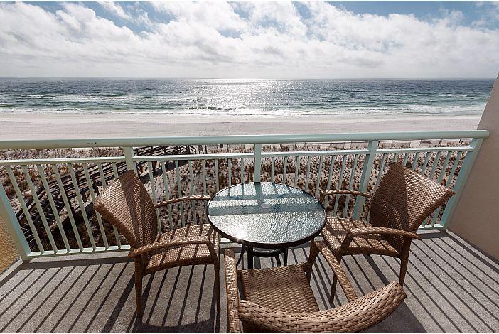 Beautiful 4th floor direct gulf front condo