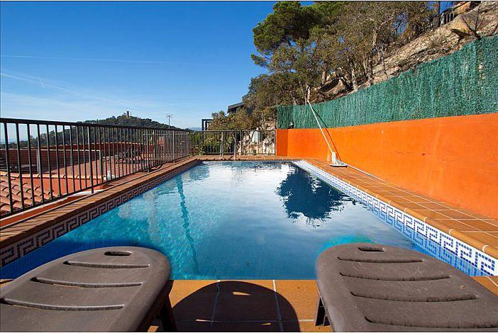 Private pool.